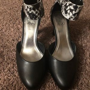 Impo black and white heels